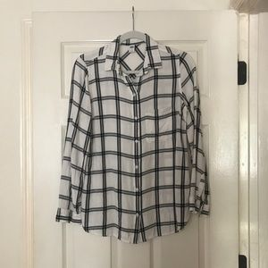 Old Navy White and Black Flannel